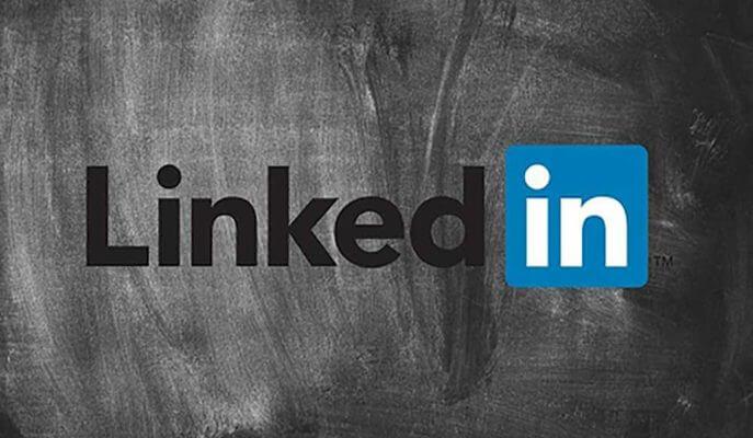 LinkedIn Yukarı Kaydırma Özelliğini Test Ediyor
